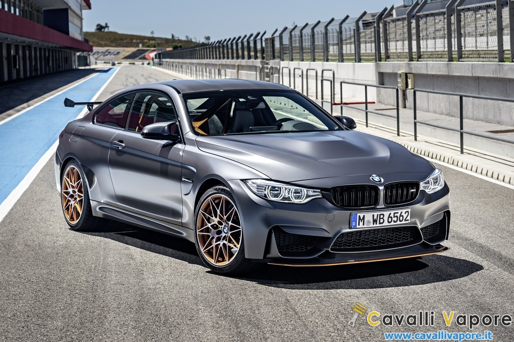 BMW M4 GTS Tre Quarti Box