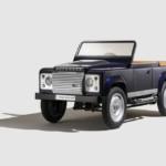 Land Rover Defender a Pedali