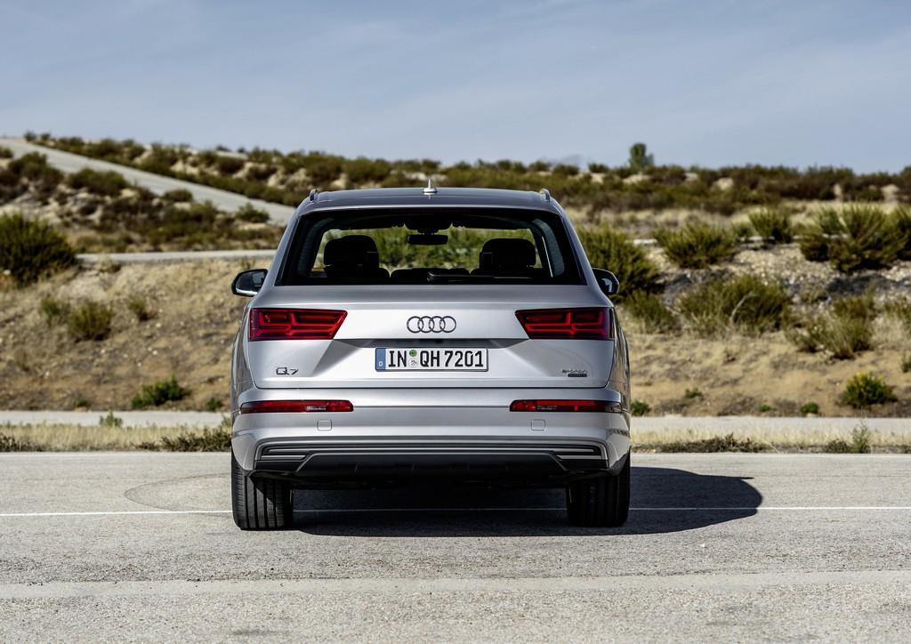 Audi Q7 e-tron 3.0 TDI quattro 10