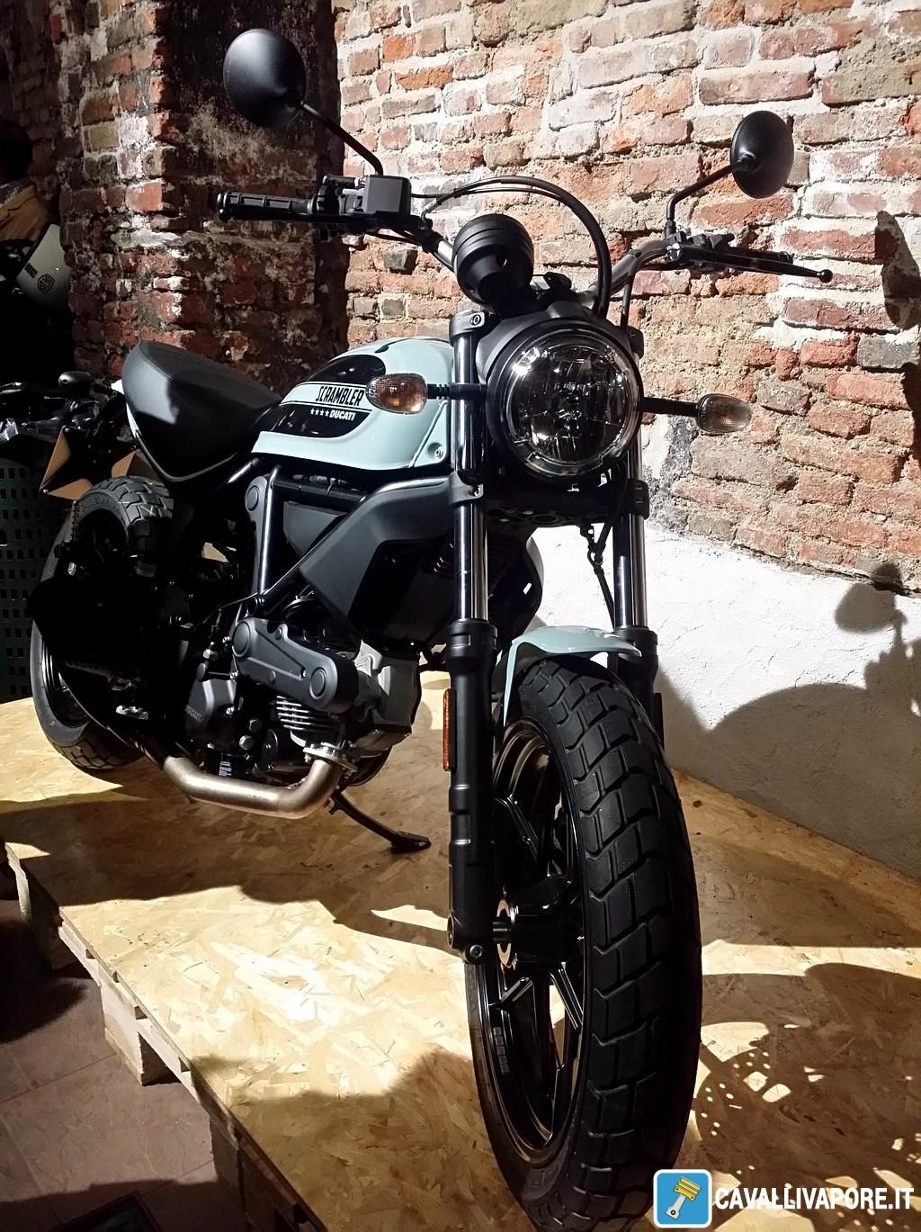 Ducati Scrambler Sixty2 Ocean Grey