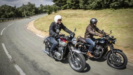 Triumph-Bonneville-T120-e-T120-Black-In-Strada