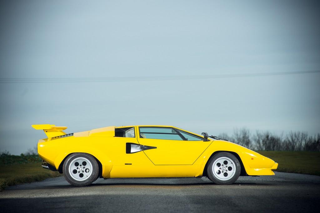 Lamborghini Countach 400s Un Raro Esemplare All Asta