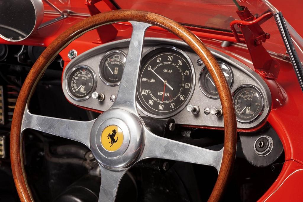 Ferrari 335 S Scaglietti Cruscotto