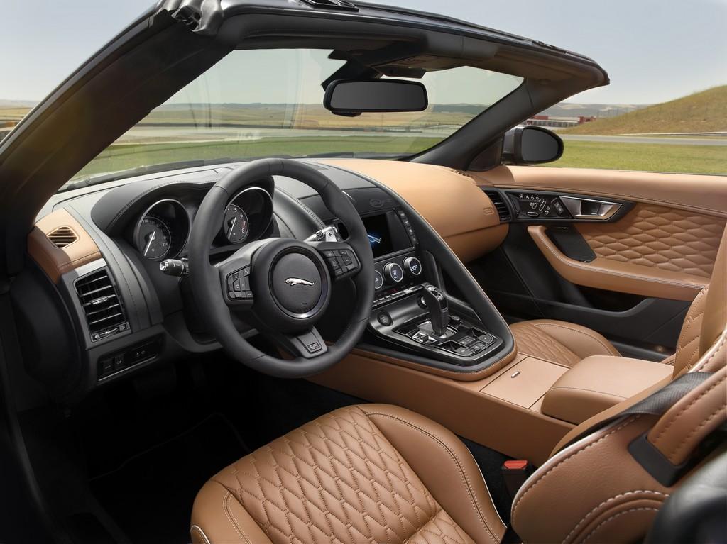 Jaguar F-Type SVR Cabrio Interni   Cavalli Vapore