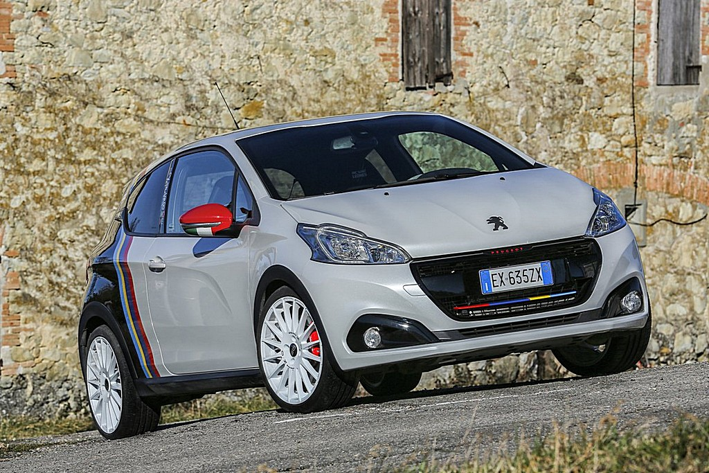 peugeot 208 gti nove cavalli vapore. Black Bedroom Furniture Sets. Home Design Ideas