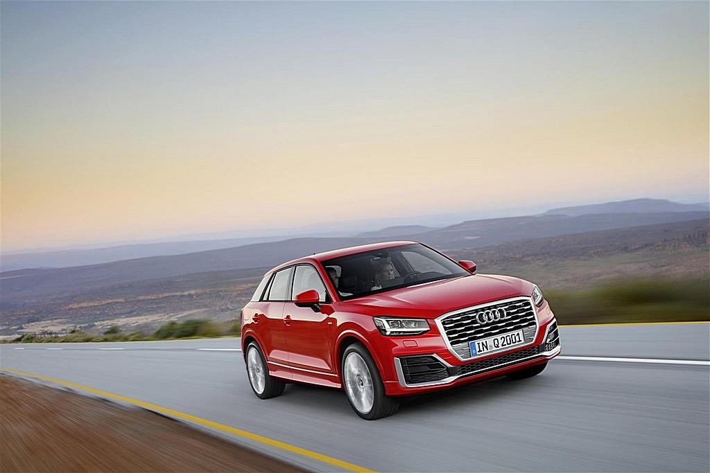 Audi Q2 Rossa Tre Quarti Dinamica