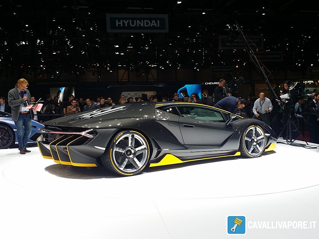 Lamborghini Centenario LIVE GIMS 2016 Tre Quarti Posteriore