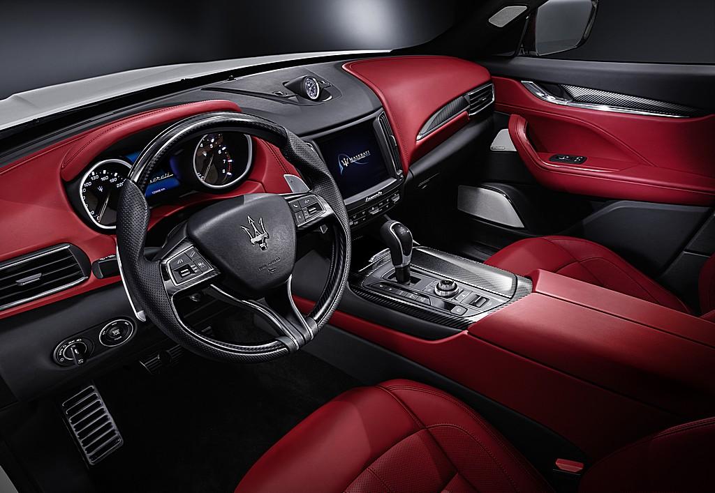 Maserati Levante Interni