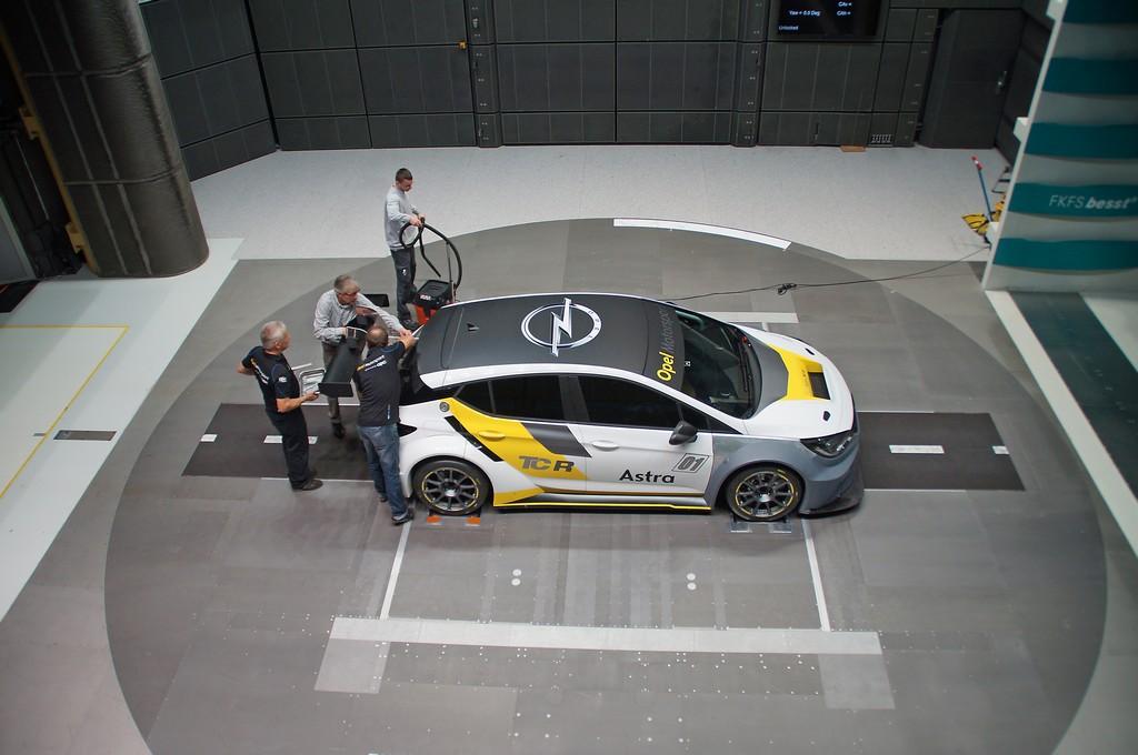 Opel Astra TCR Galleria del Vento Alto