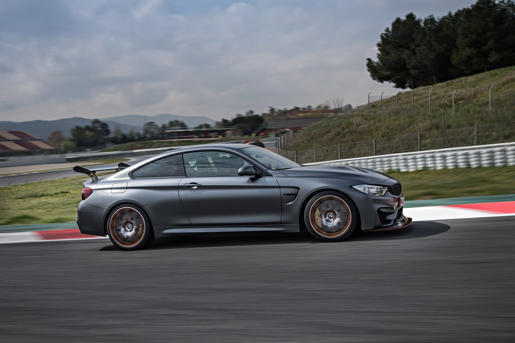 BMW M4 GTS Lato