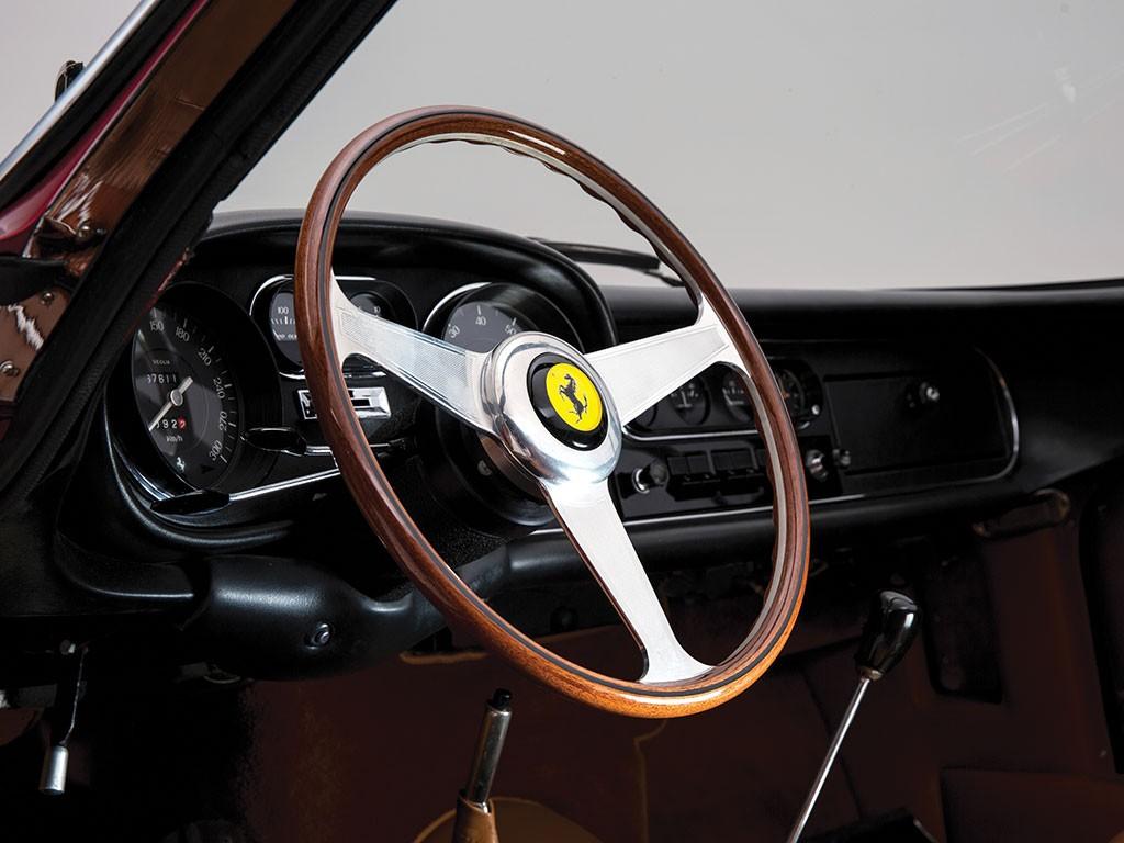 Ferrari 275 GTS4 NART Spider Scaglietti Volante