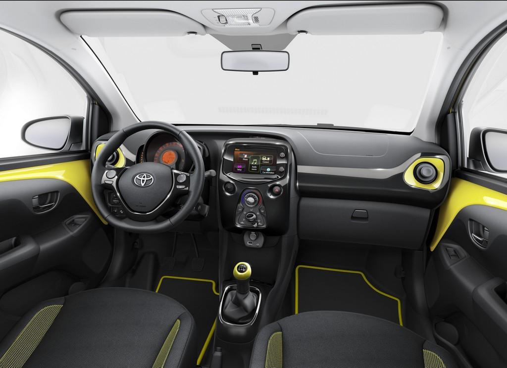 Toyota Aygo X-Cite Interno