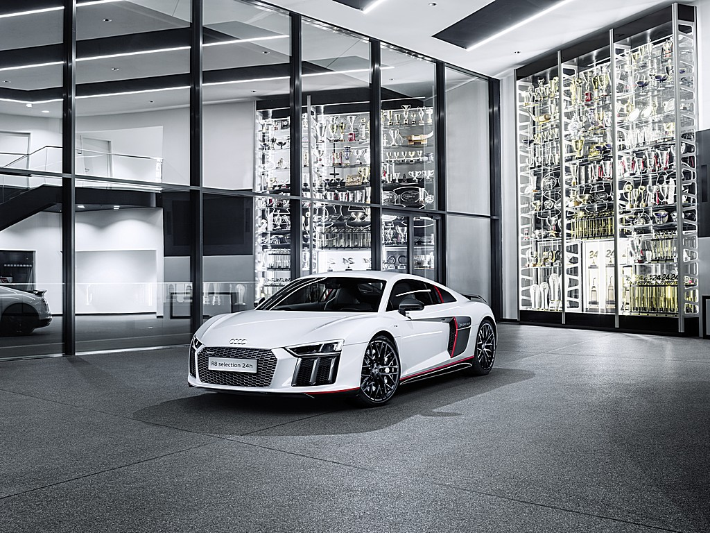 Audi R8 Coupé V10 plus Selection 24h Tre Quarti
