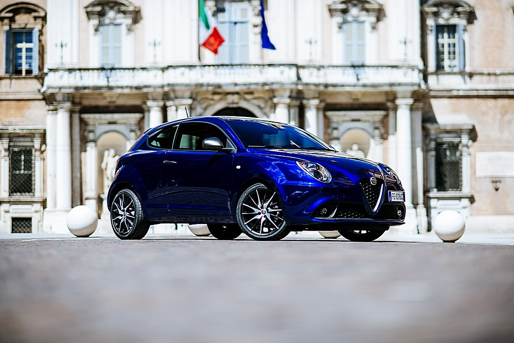 alfa romeo mito porte aperte il 18 e il 19 giugno prezzi a partire da 15900 euro cavalli vapore. Black Bedroom Furniture Sets. Home Design Ideas