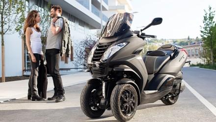 Peugeot Scooters Metropolis Black Edition Tre Quarti