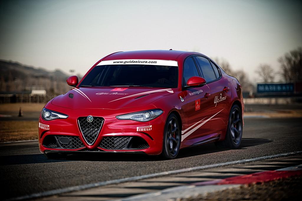 Alfa Romeo Giulia Quadrifoglio Corso di Guida