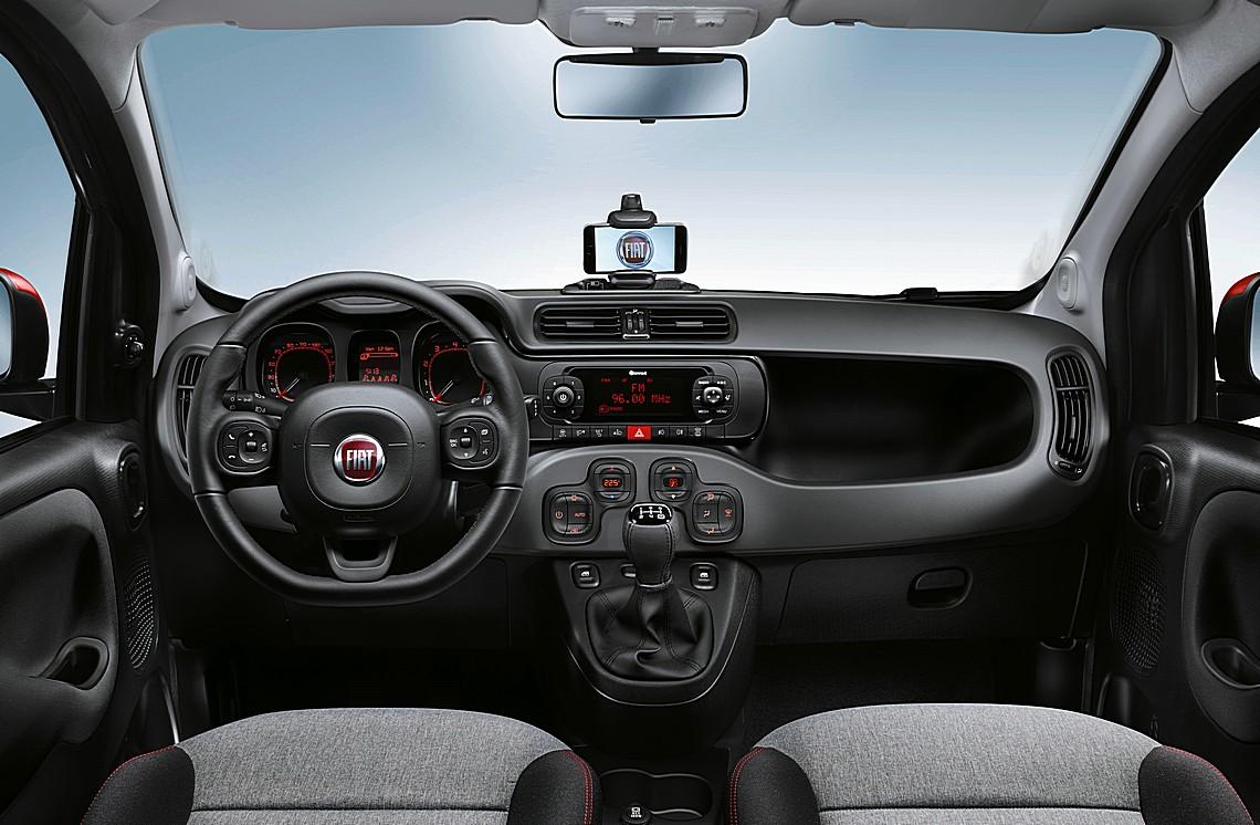 Fiat panda arriva la versione 2017 ad un prezzo super for Interno j