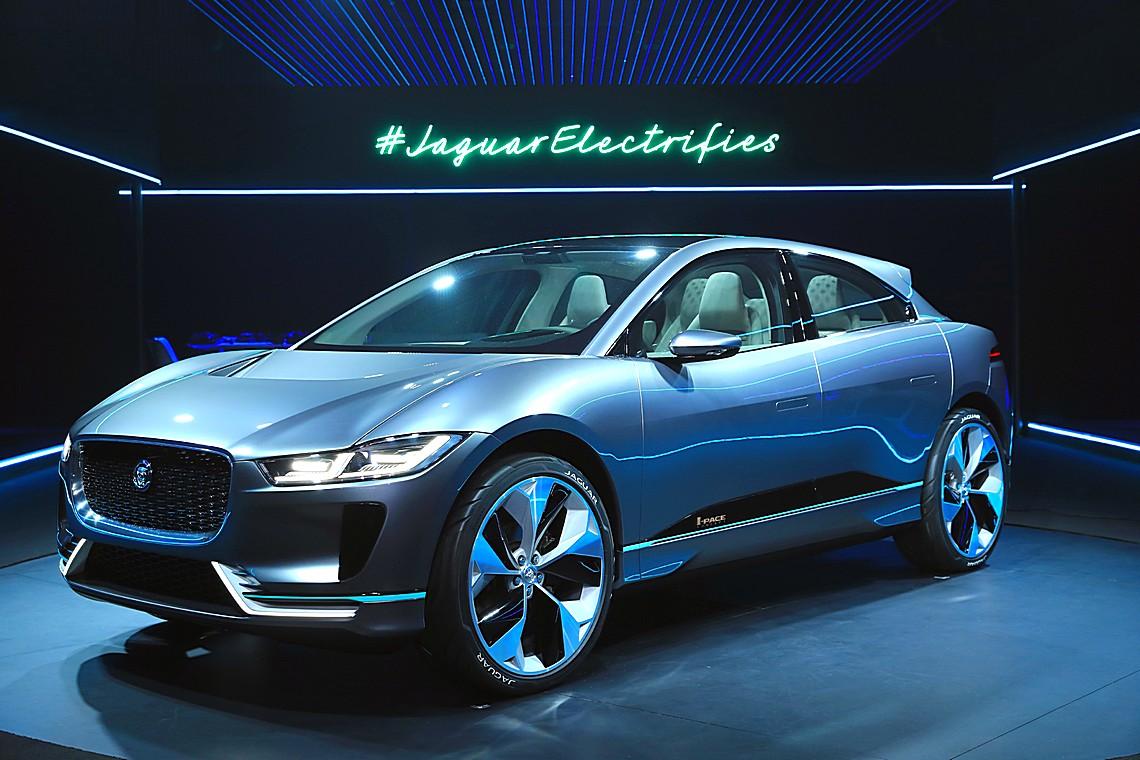 Jaguar I-PACE Concept 17