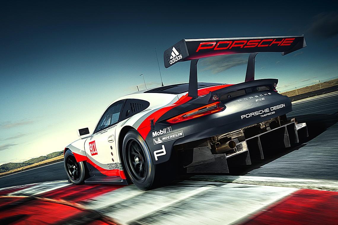 Porsche 911 RSR 2017 Dietro