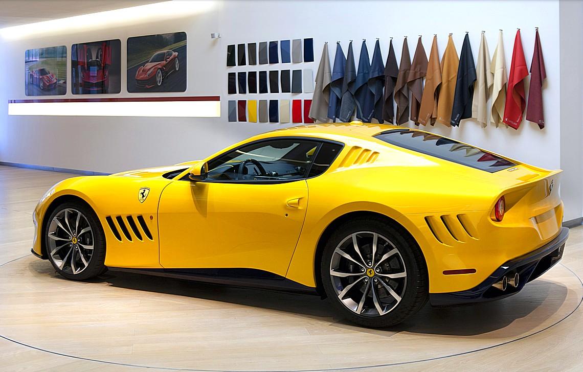 Ferrari SP 275 rw competizione Tre Quarti Posteriore