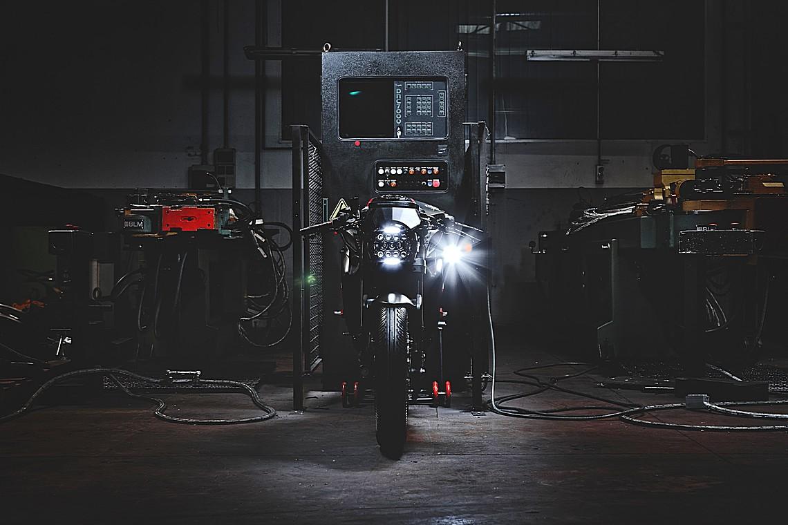 MV Agusta Dragster Blackout 5
