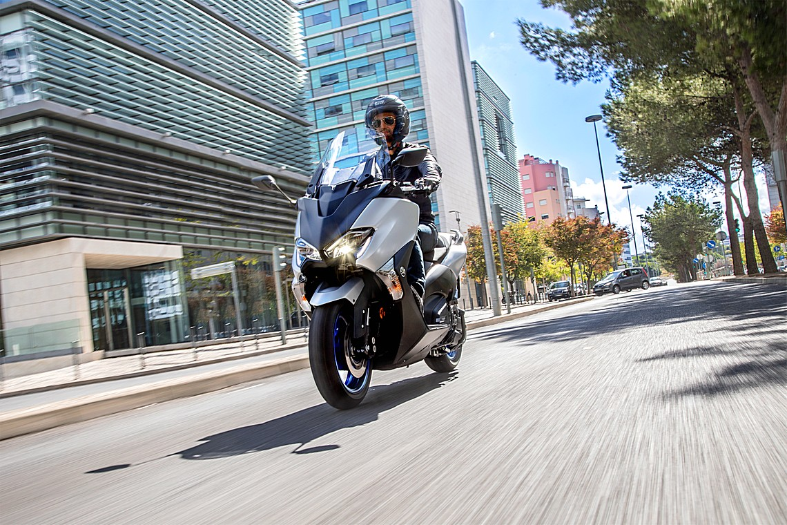 Yamaha TMAX SX MY17
