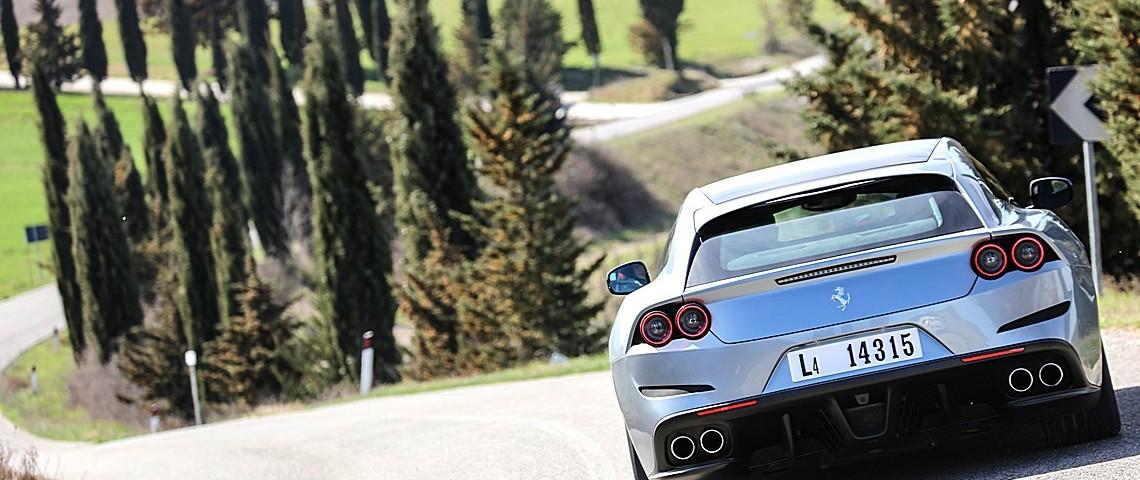 Ferrrari GT4Lusso T 15