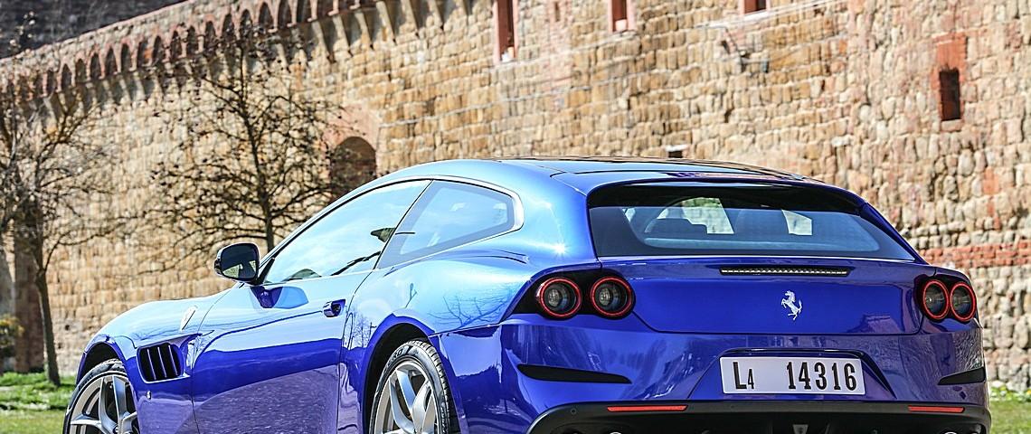 Ferrrari GT4Lusso T 20