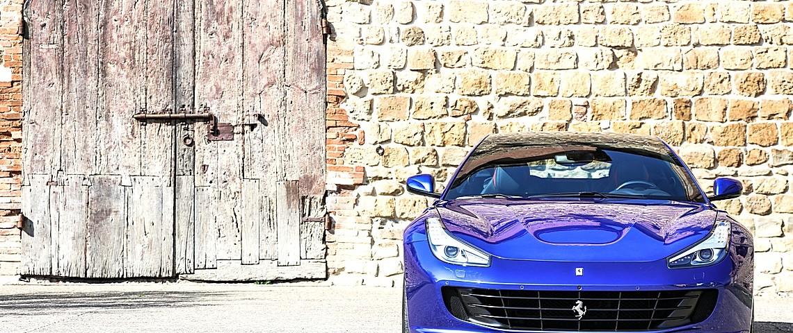 Ferrrari GT4Lusso T 21