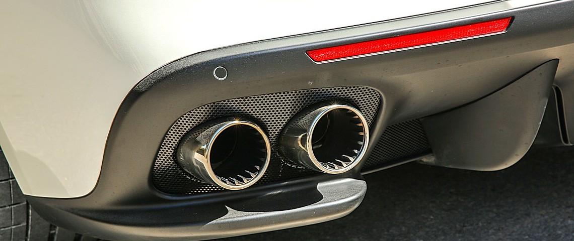 Ferrrari GT4Lusso T 7