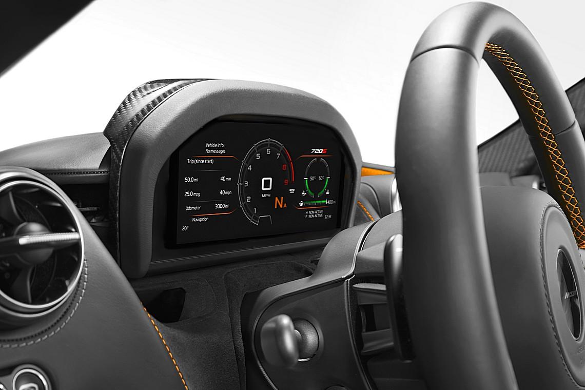 McLaren 720S Interni
