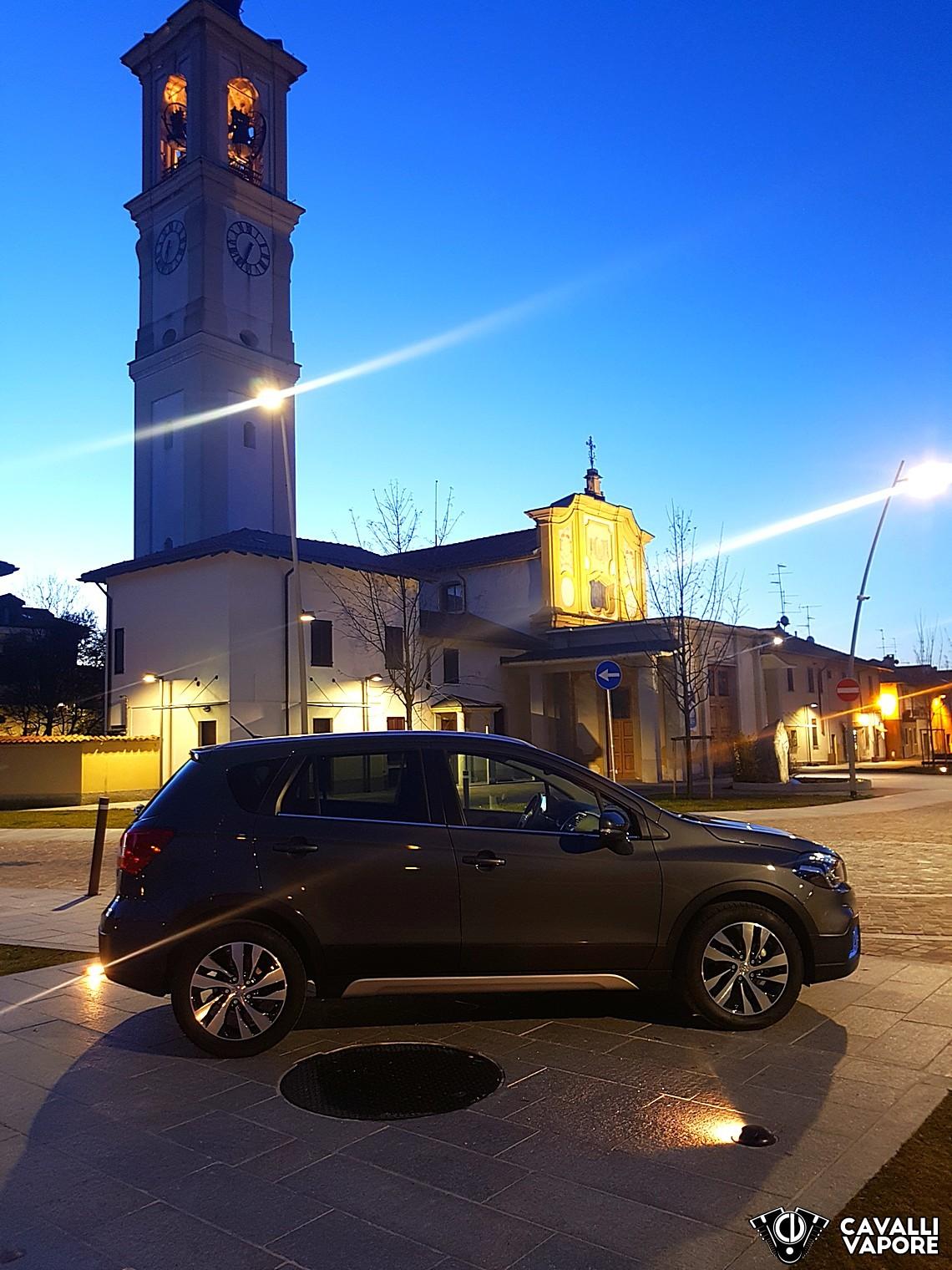 Suzuki S-Cross Lato Alba