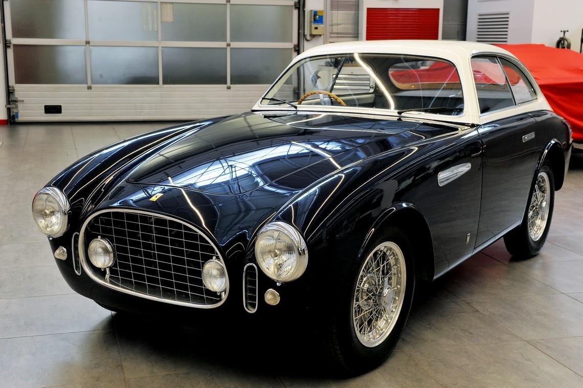 Ferrari 225E Tre Quarti