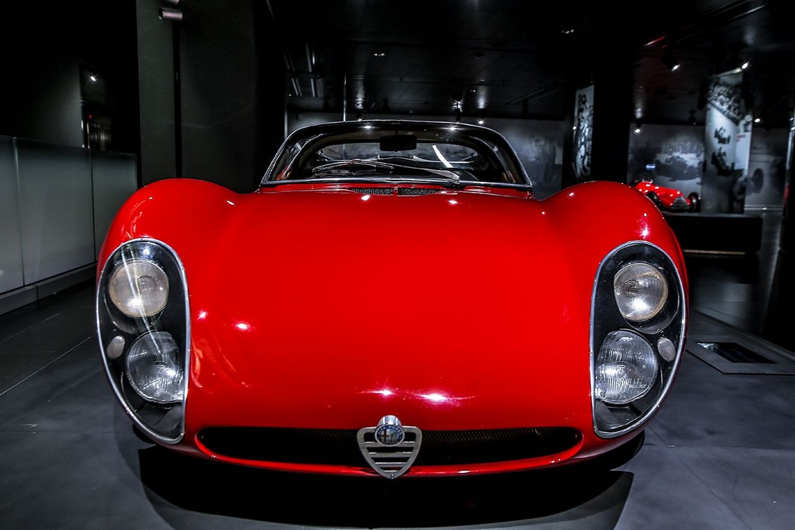Alfa Romeo 33 Stradale Davanti