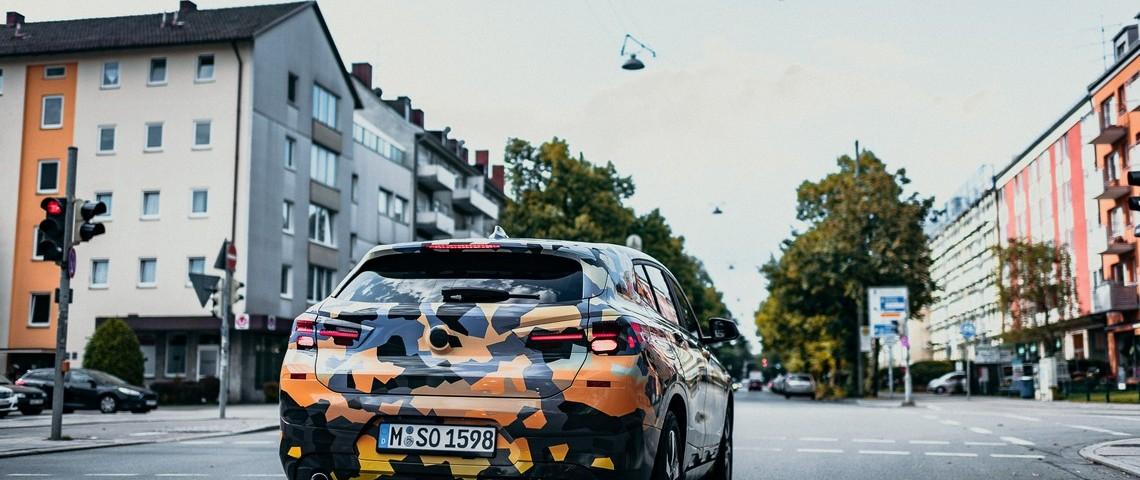 BMW X2 Teaser 4