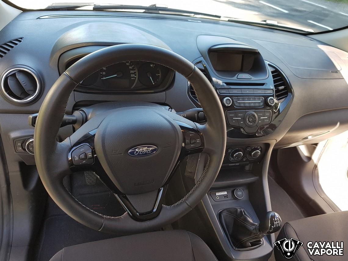 Ford KA+ Prova su strada Cruscotto