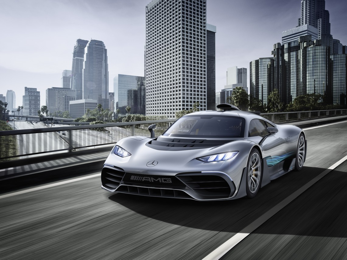 Mercedes AMG Project ONE Davanti