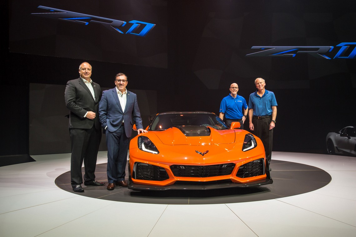 ZR1 2019 Sebring Orange Davanti