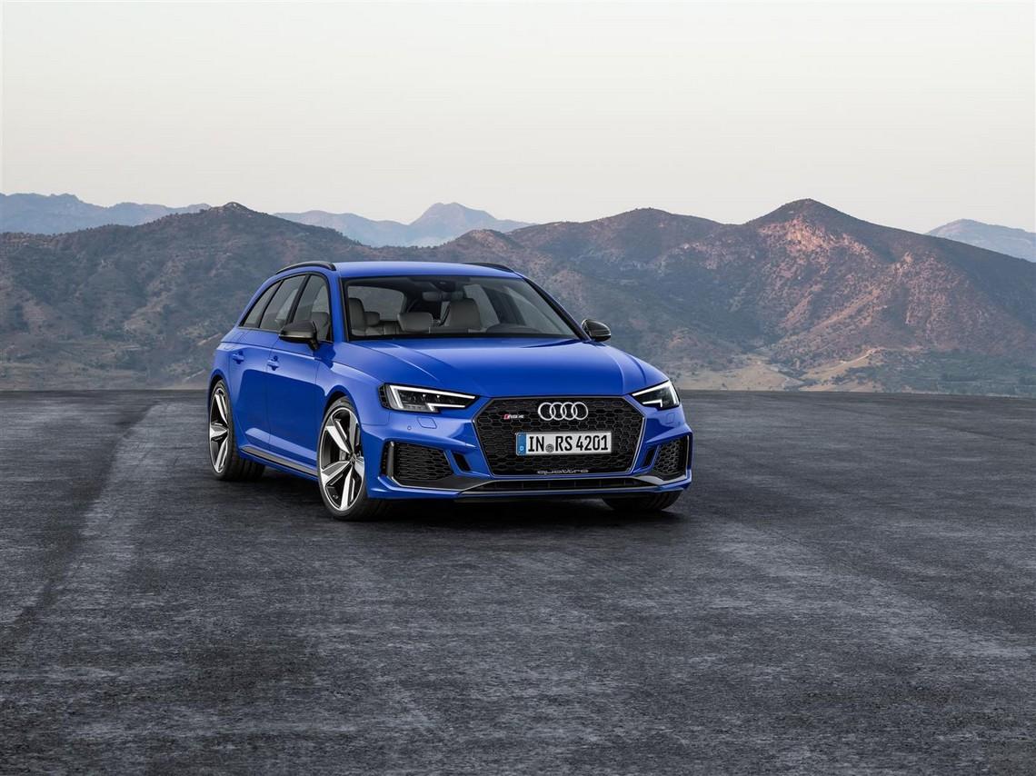 Audi RS4 Avant Davanti