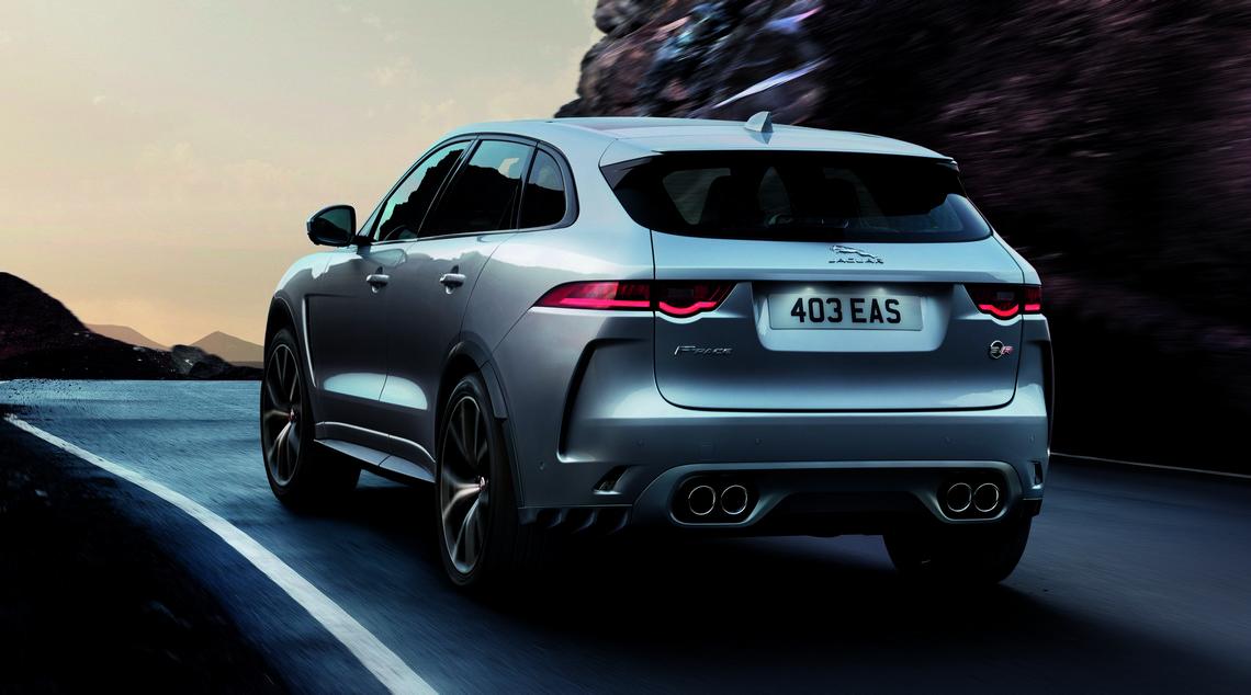 Jaguar F-Pace SVR Dietro
