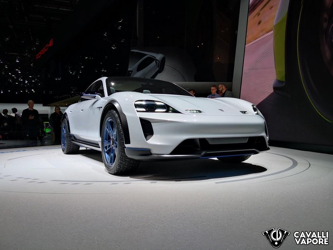 Porsche Missione E Cross Turismo GIMS Tre Quarti