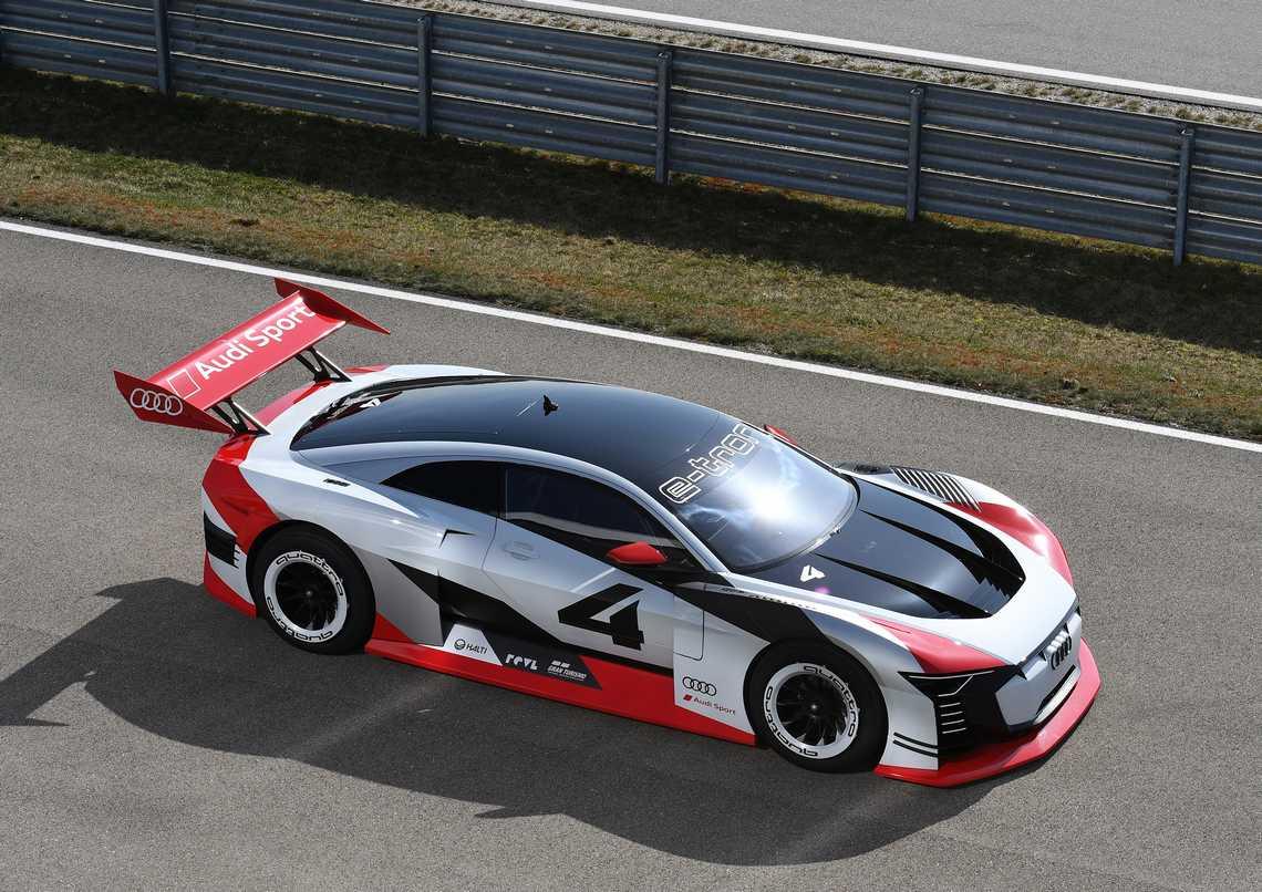 Audi e-tron Vision Gran Turismo Alto