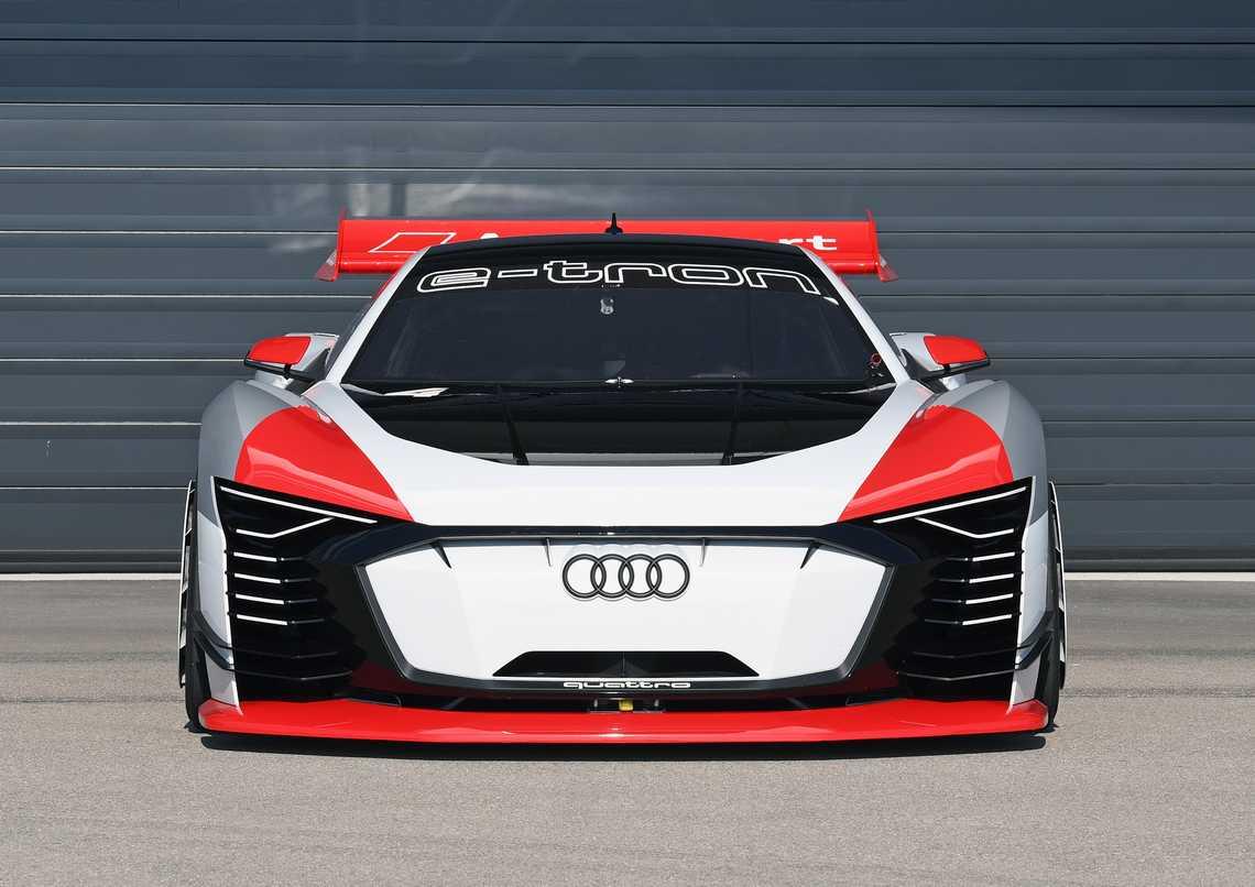 Audi e-tron Vision Gran Turismo Davanti