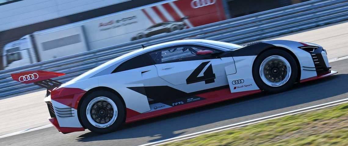 Audi e-tron Vision Gran Turismo Lato Dinamica