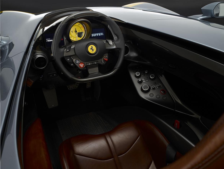 Ferrari Monza SP1 Interni