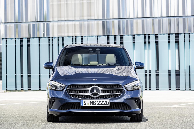 Nuova Mercedes Classe B Davanti