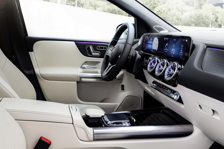 Nuova Mercedes Classe B Interni