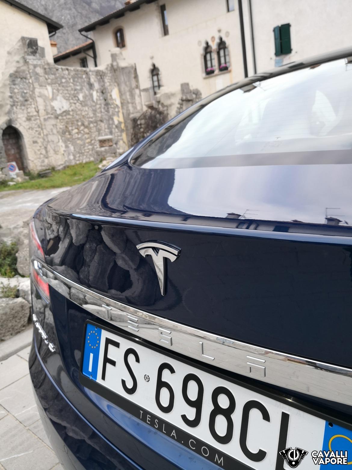 Tesla Model S 100D Dettaglio a Venzone