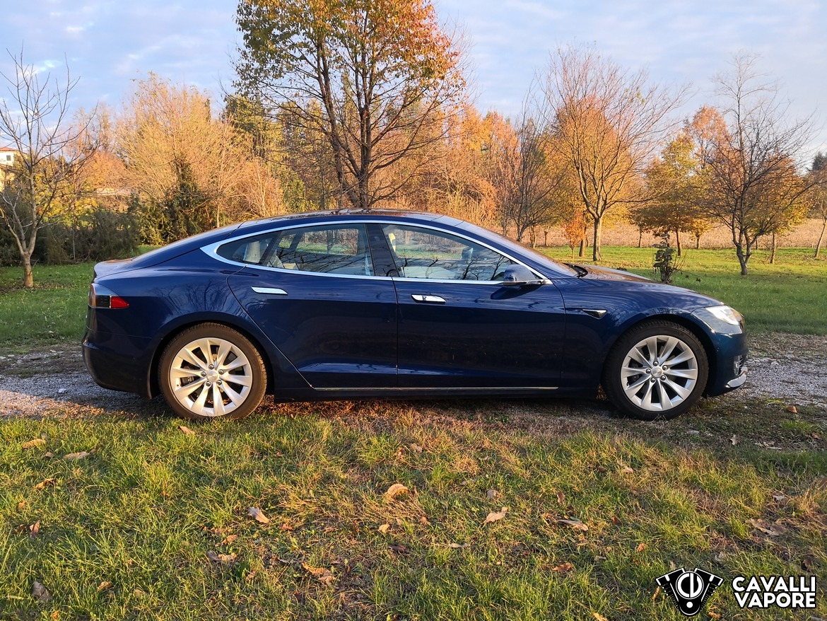 Tesla Model S 100D Lato Autunno