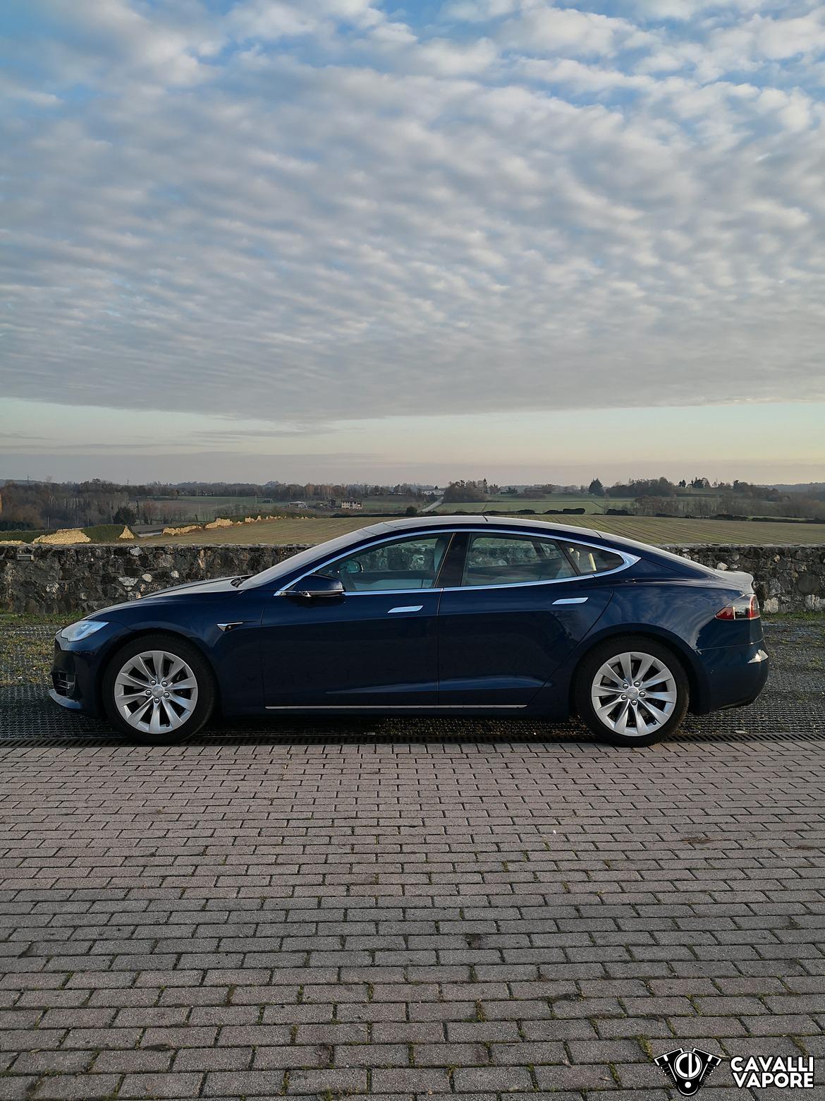 Tesla Model S 100D Panorama